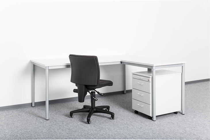 ELA Container - Desk angle combination with swivel chair